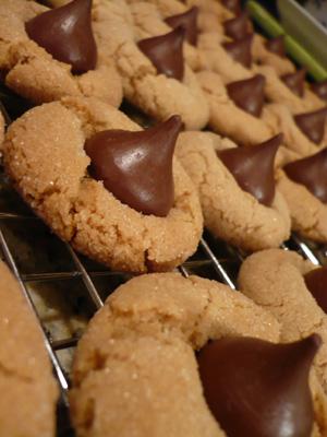 hershey-kiss-cookies.jpg
