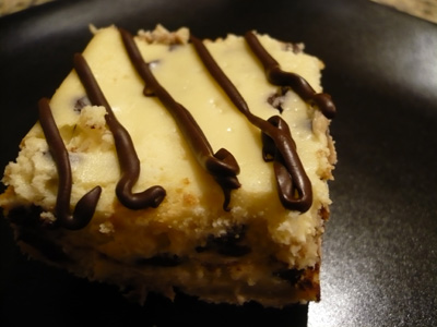 chocolate-chip-cheesecake-bars.jpg