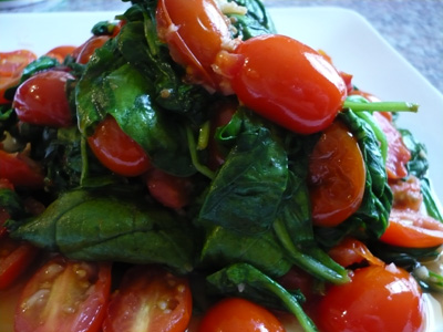 spinach-with-garlic-and-tomatoes.jpg